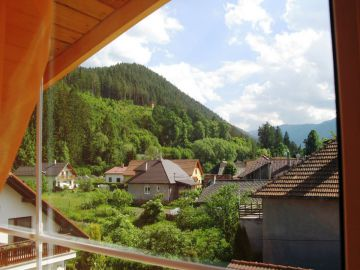 Недвижимость и ВНЖ в Словакии